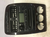 Toyota Avensis (T220) 2002 Radio/ CD/DVD GPS head unit 8611005011 SBR2914