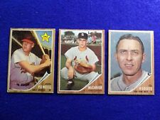 1962 Topps  3 Card Lot Hodges #85, McCarver #167 and Powell #99