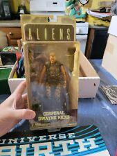 Corporeal Dwayne Hicks Action Figure (Aliens) Neca Reel Toys 2013 *Yellowing,...