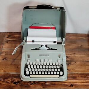 HERMES 3000 Pale Green Portable Typewriter, Black Case w/ Key, Swiss Made TESTED