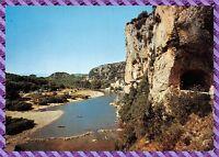 Carte Postale - Vallon la route de Pont d'arc