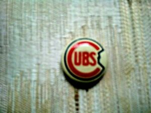 VINTAGE CHICAGO CUBS PIN NICE CONDITION APROX ONE INCH IN DIAMETER EX+
