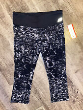 NWT Women's Small New Balance Cropped Athletic Leggings Actove Bottoms Clothing