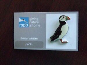 RSPB GNaH puffin metal Pin Badge on FR card