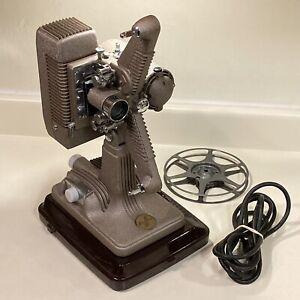 Vintage Revere Model 48 16mm Film Projector Case Cord Reel Works Excellent Clean