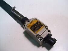 "OMRON WLNT LIMIT SWITCH WOBBLE TYPE NO/NC 10A/120-480VAC 3"" L ARM AT BEND P4099B"