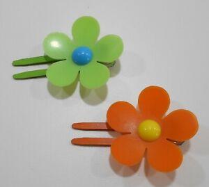 Set 2 Vintage Hair Metal Squeeze Clips MOD Plastic Flowers 1960s Lime  & Orange