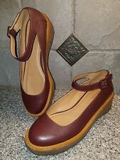 Cooperative Mary Jane Shoes Women's 9 M Medium Maroon Leather Ankle Strap Red