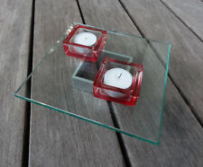 Bougeoir photophore en verre rouge transparent plateau centre table carré
