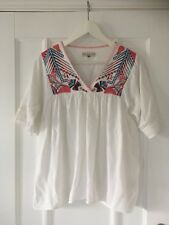 White floral patterned short sleeved boho women's top blouse 8