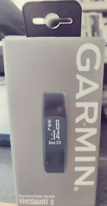 Garmin vívosmart 3, Fitness/Activity Tracker with Smart Notifications and Heart