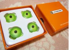 NUOVO in scatola Le Creuset Giappone rotonda Casseruola Pentola Clip/Pin Set di 4-Verde/Kiwi