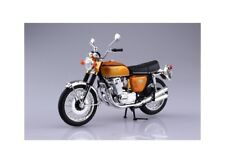 Aoshima 10430 Honda Dream CB750FOUR Diecast Motorcycle - Scale 1/12th T48 Post