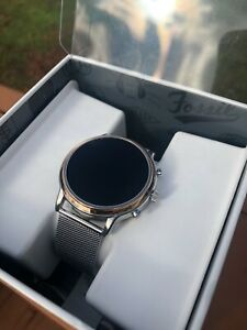 Fossil Gen 5 Smartwatch Stainless Steel Gold Face with Silver Mesh Band FTW6061