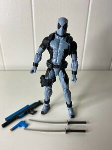 Marvel Legends Sasquatch Series X Force Grey DEADPOOL 100% Complete Mint XMen