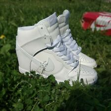New sneakers WMNS DUNK SKY HI ESSENTIA