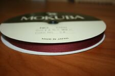 1 BOBINE RUBAN BORDEAUX SATIN MOKUBA 12 mm X 30 Mètres Qualité made in Japan