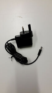 UK Plug AC 100-240V DC 5V Power Supply Adapter 2.1 mm plug
