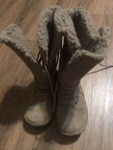 Rocketdog size 6.5 boots brown
