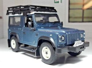 Land Rover Defender TDi TD5 90 Warn Winch & Roof Rack 1:32 Scale Britains Model