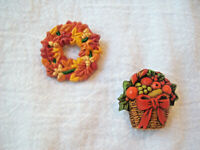 Vintage Holiday Lapel Pin Lot Fall Wreath & Christmas Fruit Basket Pin Hallmark