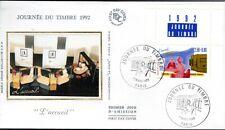 2744-ENVELOPPE 1er  JOUR SOIE JOURNEE DU TIMBRE 1992  AVEC VIGNETTE  PARIS