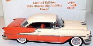 Danbury Mint Precision Diecast Model Car 1955 Oldsmobile Holiday Coupe 1:24 LE
