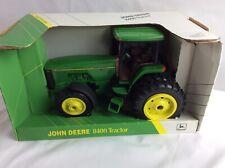 ERTL 1/16 Metal Die Cast Collectors Edition John Deere 8400 Tractor NIB