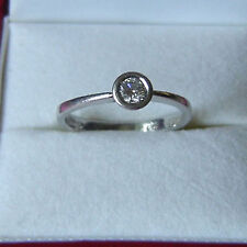Ladies Platinum & Diamond Solitaire Ring