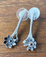 Vintage 925 Sterling Silver Drop Dangle Daisy Moving Flower On Stem Earrings