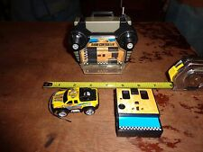 2003 Mattel HOT WHEELS Radio Control Mini Pick-Up Truck w/ Belt Clip Controller