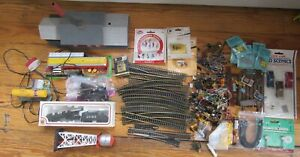 HO Scale Train Accessories Scenery Figures Buildings Lights Track Engine Lot Mix
