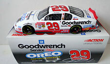 New Kevin Harvick 2001 Goodwrench Oreo Show Car 1/24 Diecast Car Action