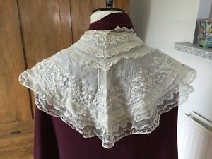 Antique Whitework Collar combined with Mechlin? bobbin lace trim