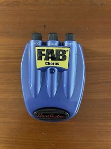 Dan Electro Fab Chorus Effects Pedal D-5 Battery or 9V Power Supply