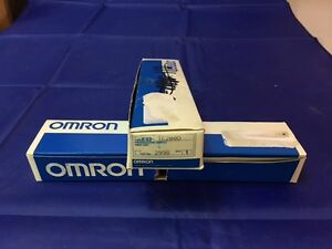 OMRON FIBER OPTIC CABLE 2 PIECES OF SINGLE FIBER E32TC200D