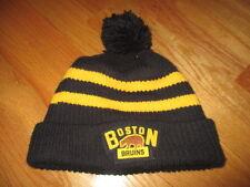 Reebok 2016 BOSTON BRUINS Winter Classic - FOXBORO (Knitted Yarn) Snow Cap