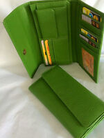 Womens Wallet Faux Leather Wallet w/ 8 Credit Cards Holder  (AE-19 Green)