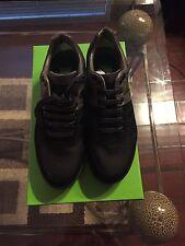 New In Box Hugo Boss Logo Shoes Sneakers  Men Akeen Black Grey 7 $245