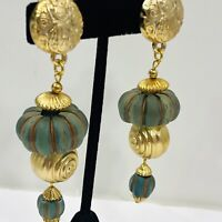 """Vintage Lucite Bead Dangle Clip Earring Blue Frosted Ribbed Gold Tone Swirl 3.5"""""""