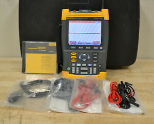 Fluke 199C Handheld Scope Meter 200MHz, 2.5Gsa/S Color Display w/Accy READ GOOD