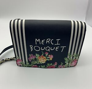 Betsey Johnson Woman Shoulder Bag Purse Chain Magnet Closure Floral Printed