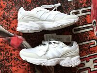 BRAND NEW Adidas Originals Yung-96 Shoes Mens size 10 Cloud White Grey EE3682