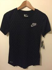 Nike Patternless Crew Neck T-Shirts for Women