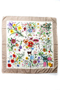 """Gucci Womens Silk Floral Bug Printed Frame Square Scarf Wrap White Size 34"""""""