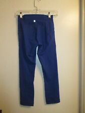 Lululemon Athletica 4 Cropped Leggings Pants True Blue Stretchy Gym Run Tight
