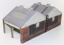 "OO 1:76 Bachmann Scenecraft  Two Lane Traction Depo Shed 44-141 ""New""  FNQHobbys"