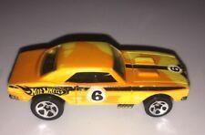 Hot Wheels '67 Camaro ~ Orange, 2009 Color Shifters ~ Very good condition