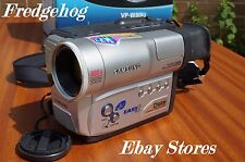 SAMSUNG VP-W80 8mm / Video 8 CAMCORDER- HARDLY USED - BOXED COMPLETE- PAL SYSTEM