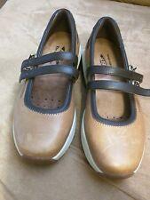 MBT CHANGA BIRCH mary jane SIZE 8.5 walking casual leather comfort barefoot